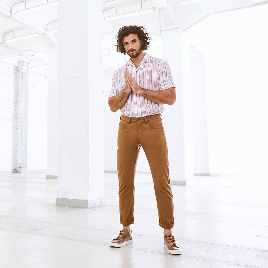 Model wearing R2 clothing